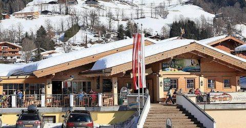 17 Maart Toppers Van Oranje In Brixen Im Thale Oostenrijk.